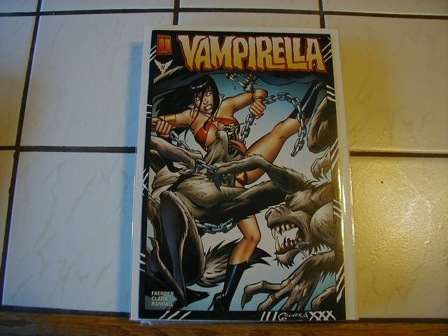 VAMPIRELLA #17 NM