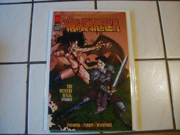 VENGEANCE OF VAMPIRELLA #20 NM