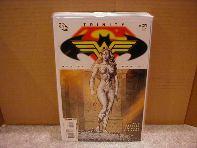 TRINITY #21 NM (2008) SUPERMAN, BATMAN, WONDERWOMAN