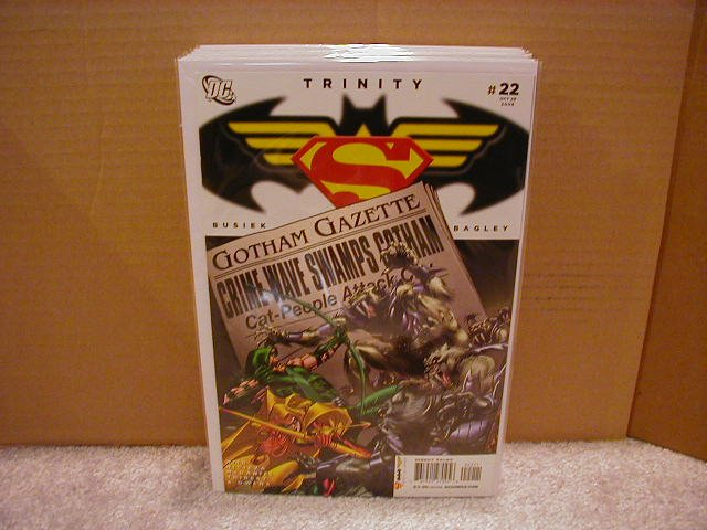 TRINITY #22 NM (2008) SUPERMAN, BATMAN, WONDERWOMAN