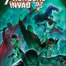 AVENGERS INVADERS #11 NM (2009)