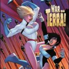 POWER GIRL #11 NM (2010)