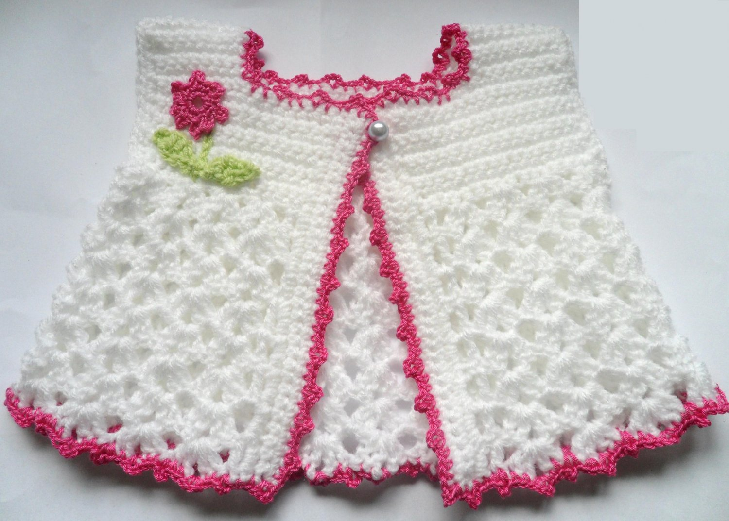 Crochet Baby Waistcoat Pattern : VKNC115 Baby Waistcoat Top with flower and leaves easy ...