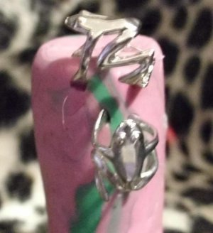 Pair of New Fashion Punk Gothic Silver Frog Cuff Wrap Ear Clip Earring