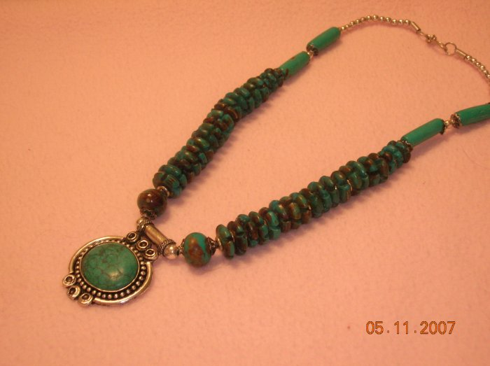 Turquoise Necklace with pendant FREE SHIPPING