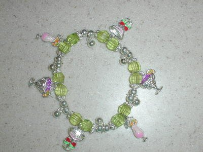 Free Shipping: Green Beaded Cocktail Charm Bracelet