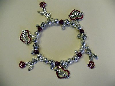 FREE SHIPPING!! Mother Heart Roses Charm Bracelet