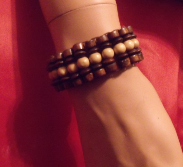 Wooden stretched bracelets