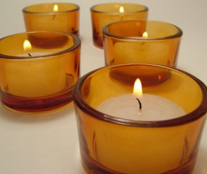AMBER TEALIGHT CANDLE HOLDER