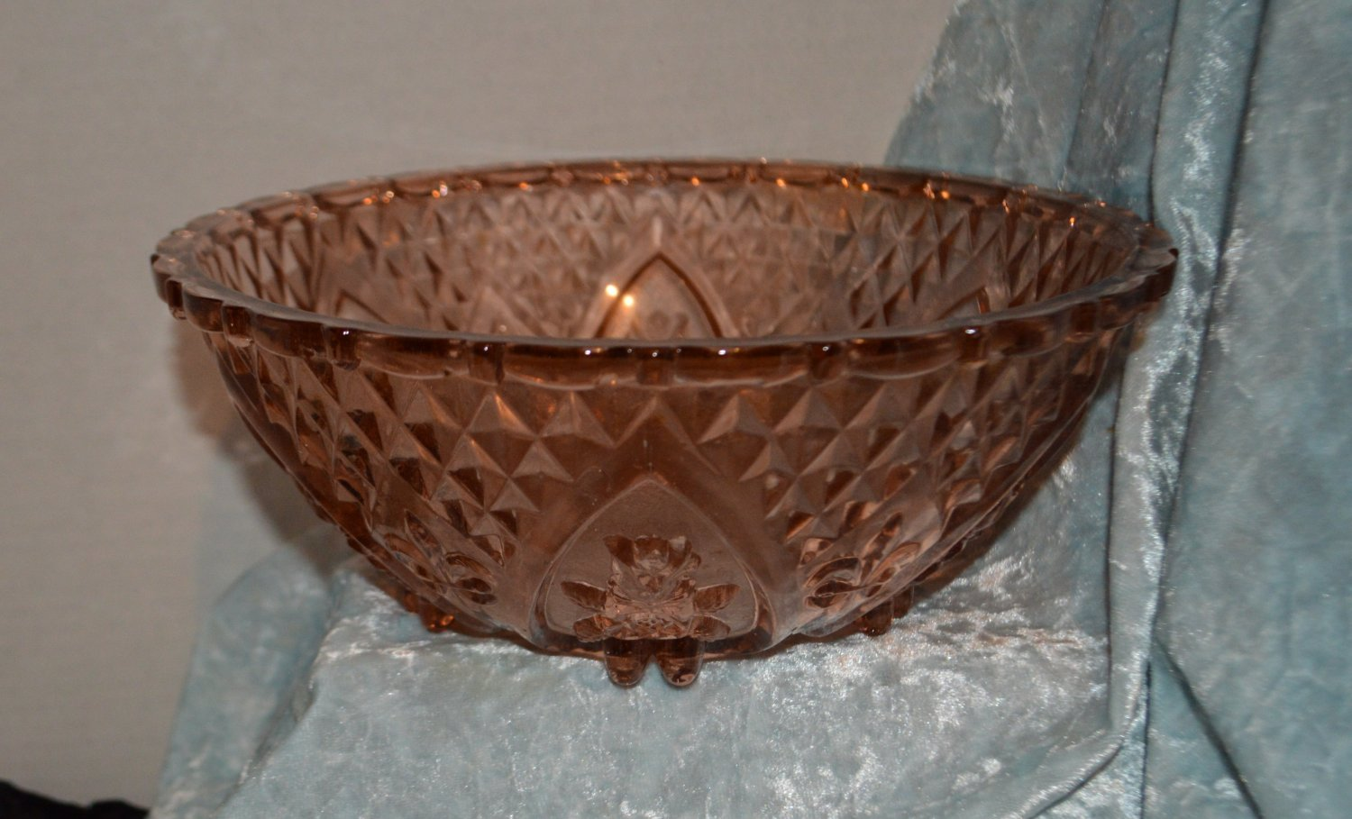 Vintage Peach or Pink Large Glass Bowl Roses Diamond Pattern Scalloped Footed Bo