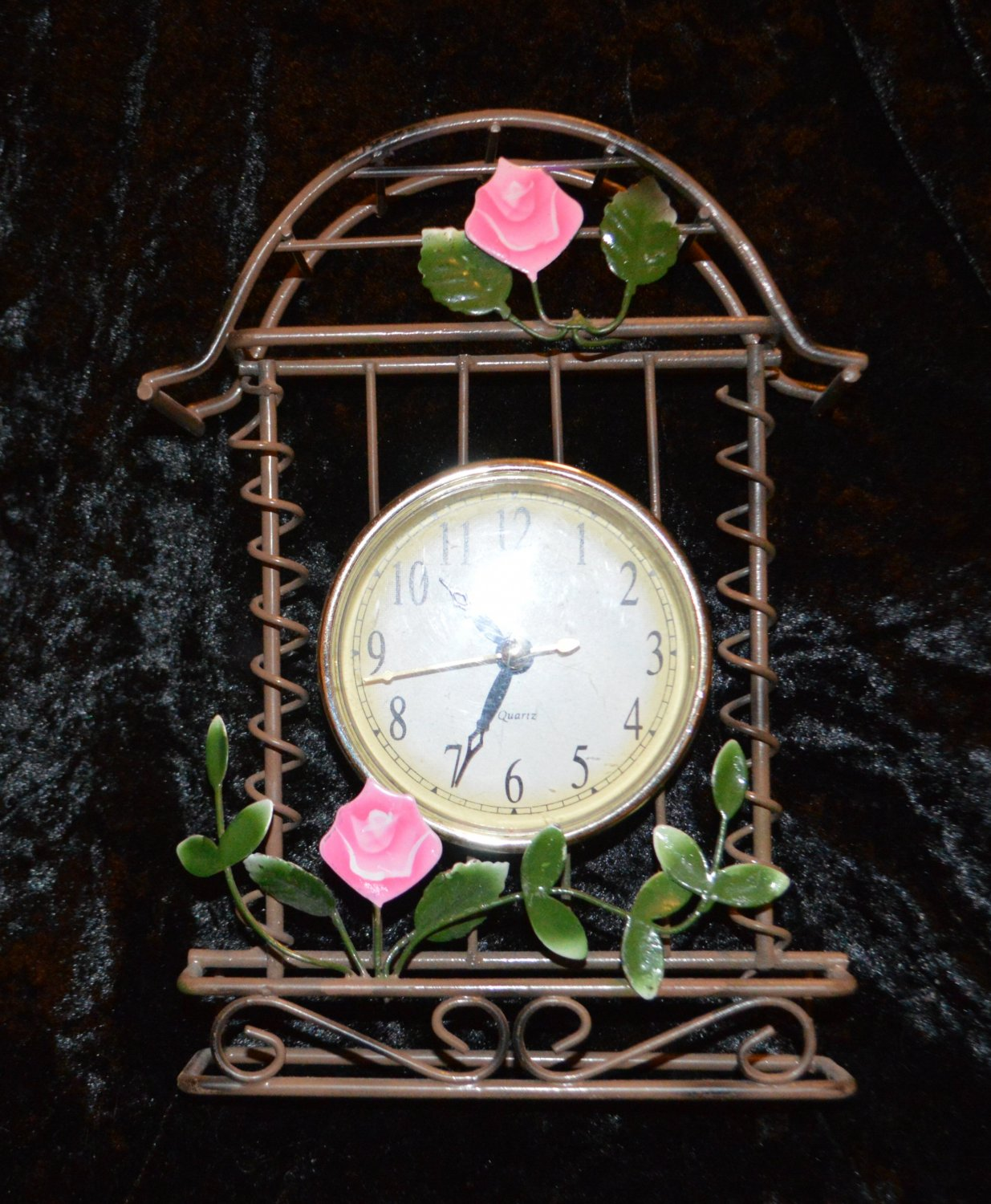 Tianguan Vintage Quartz Clock Garden Wire Design Kitchen Shelf Sun room