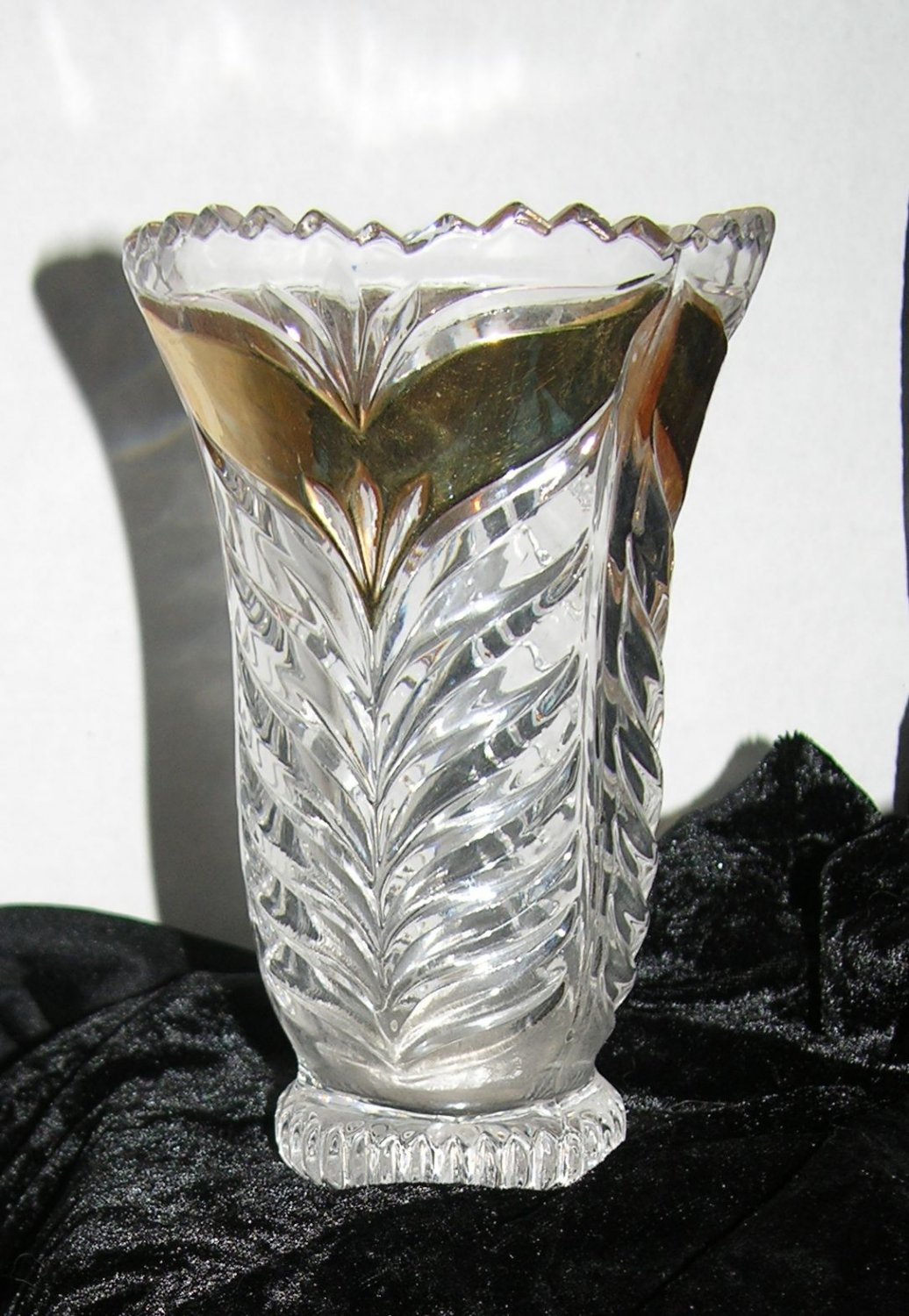Crystal beveled Vase with Gold Painted Highlight