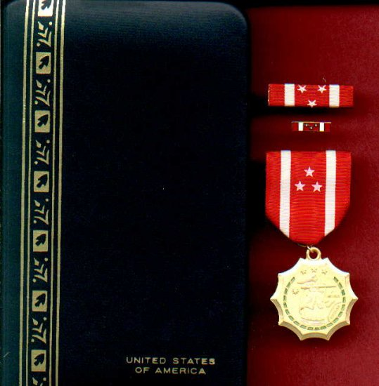 WWII Philippine Defense medal in case with ribbon bar and lapel pin
