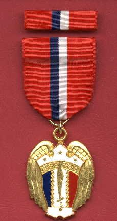 WWII Philippine Liberation medal with ribbon bar