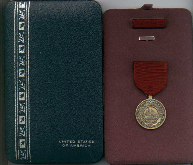 Navy Good Conduct medal in case with ribbon bar and lapel pin