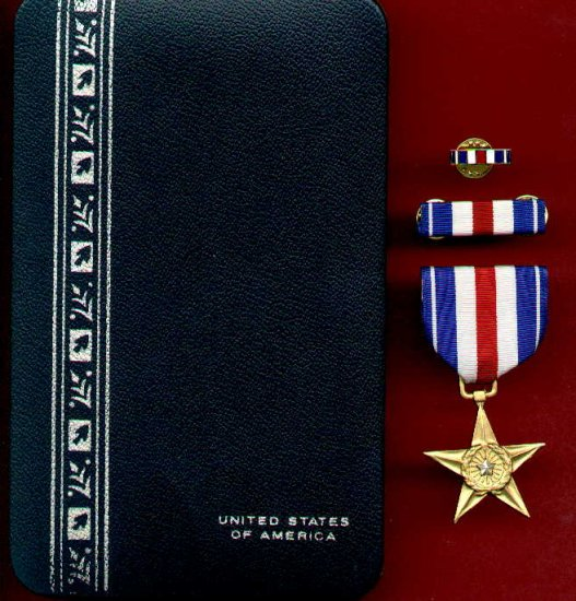 US Silver Star medal in case with ribbon bar and lapel pin