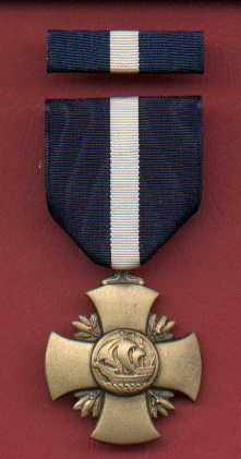 US Navy and Marine Corps USMC Cross Medal with ribbon bar