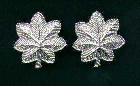 Pair of LT Lieutenant Colonel rank insignia 1/2 size
