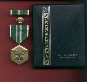 US Army Commendation Military Award medal in case with ribbon bar and lapel pin