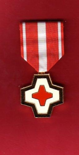 Vietnam Life Saving medal showing red cross