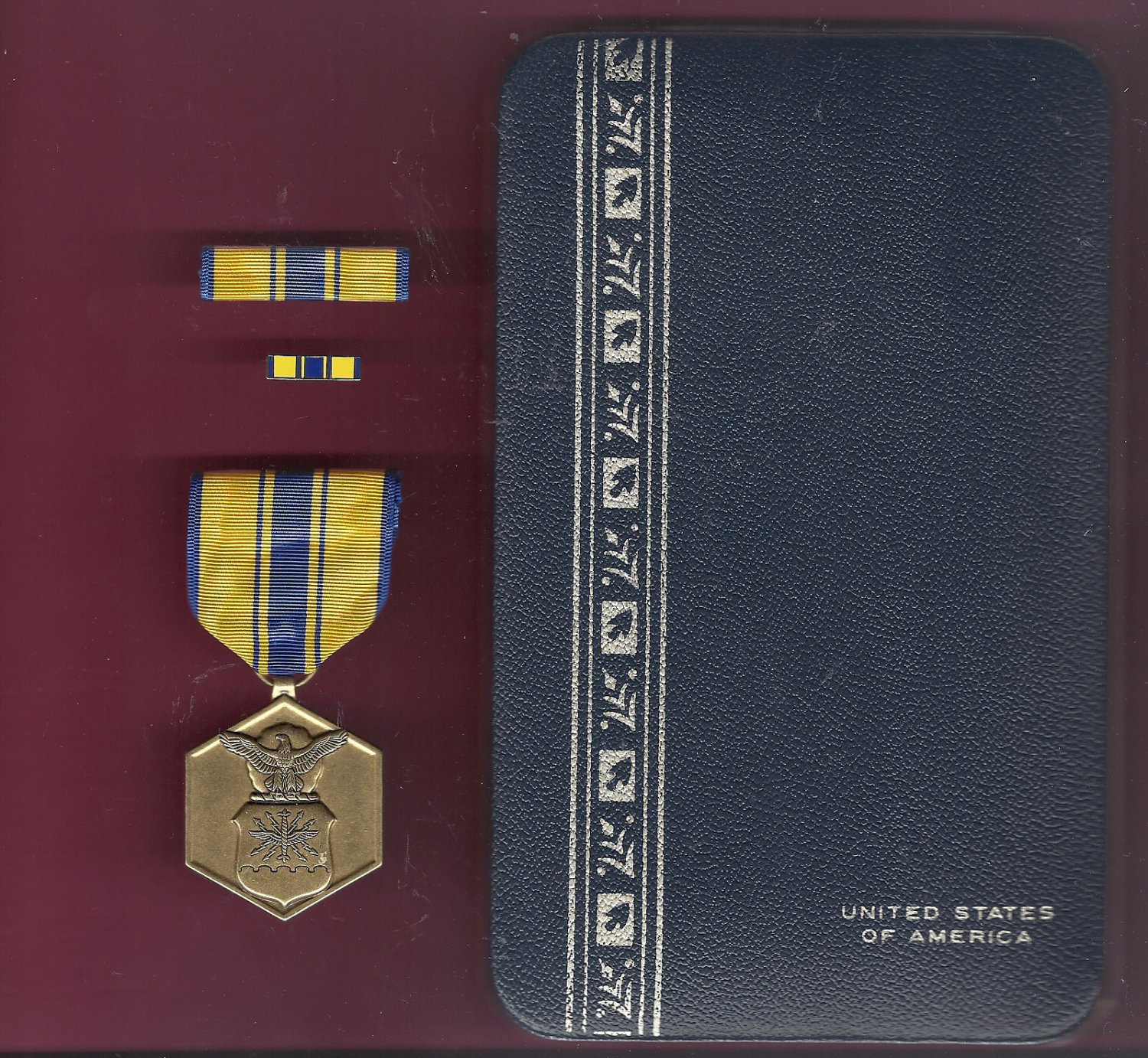 Air Force Commendation medal in case with ribbon bar and lapel pin