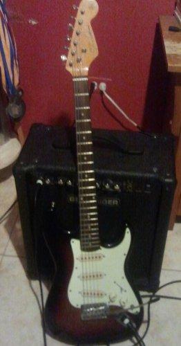 Guitarra eléctrica y amplificado
