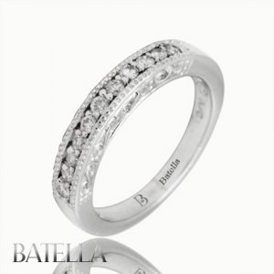 0.22 Ct F-G Round Brilliant Diamonds Wedding & Channel Band Ring 14k White Gold