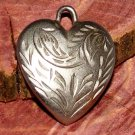 Vintage Heart Silver Tone Etched Leaf Design Pendant Fashion Jewelry Accessory