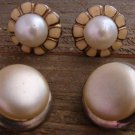 2 Pair Vintage Large Faux Pearl Flower Clip On Earrings Costume Fashion Jewelry