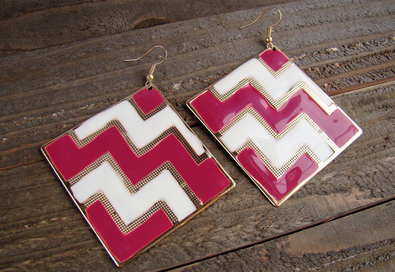 Pink White Chevron ZigZag Design Large Square Drop Dangle Hook Earrings Fashion Jewelry