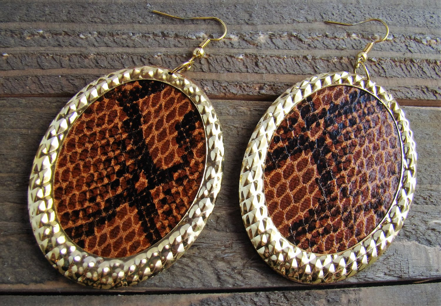 Large Oval Brown Snake Python Print Wood Gold Tone Earrings Fun Fashion Jewelry