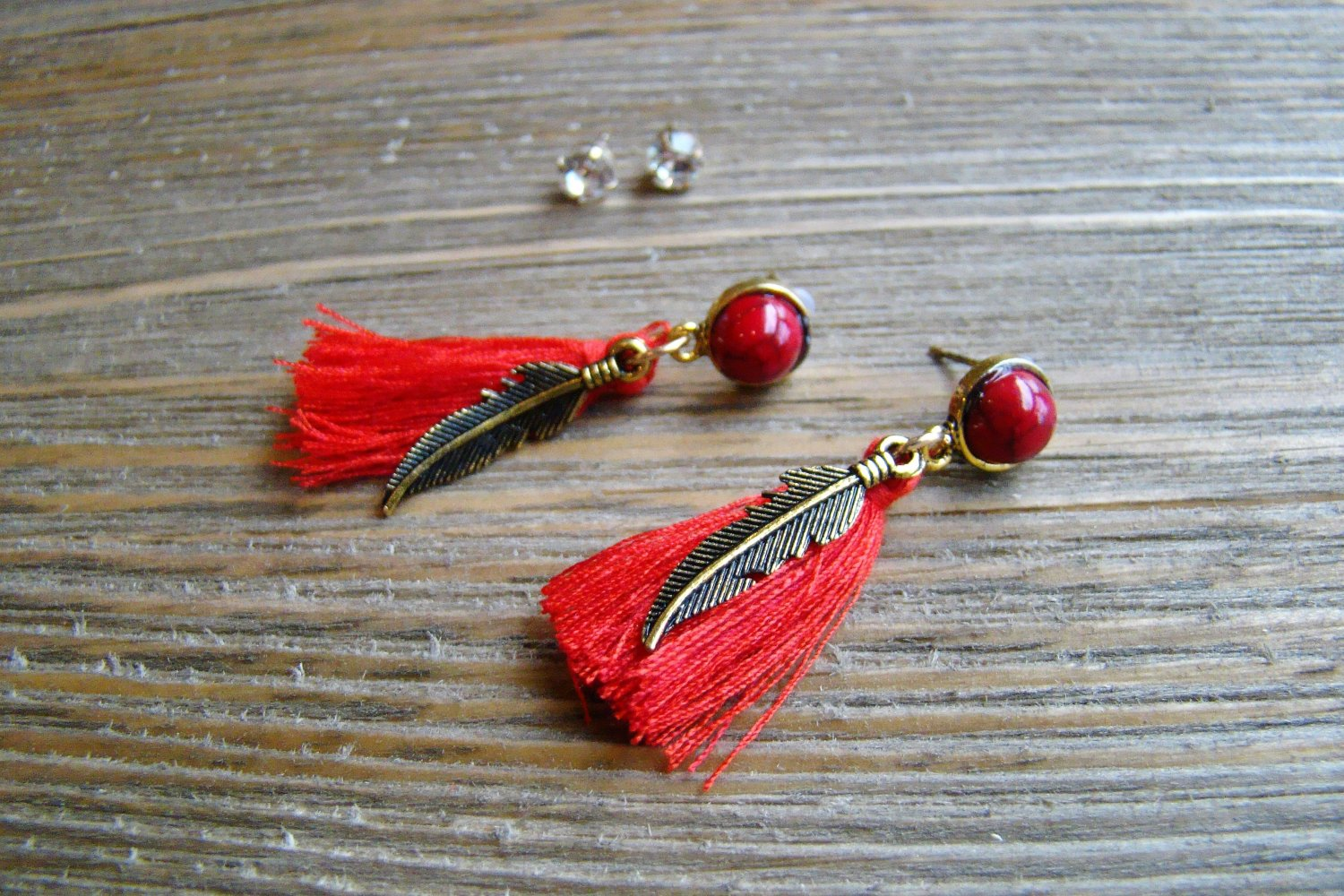 Gold Feather Red Tassel Rhinestone Dangle Earrings Set Boho Gypsy Cowgirl Fashion Jewelry