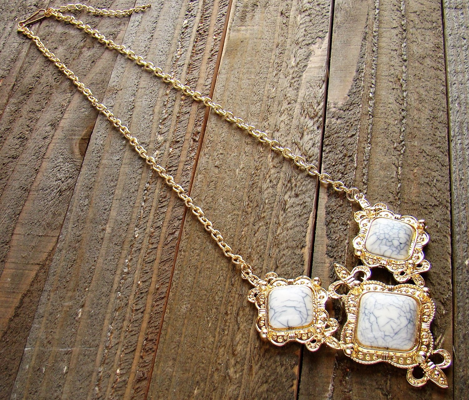 Filigree Triple Simulated White Stone Pendant Gold Chain Necklace Cowgirl Fashion Jewelry