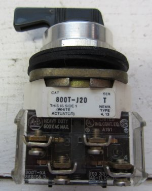 Allen Bradley 800T-J20 Selector Switch 2 Position Spring Return 800TJ20