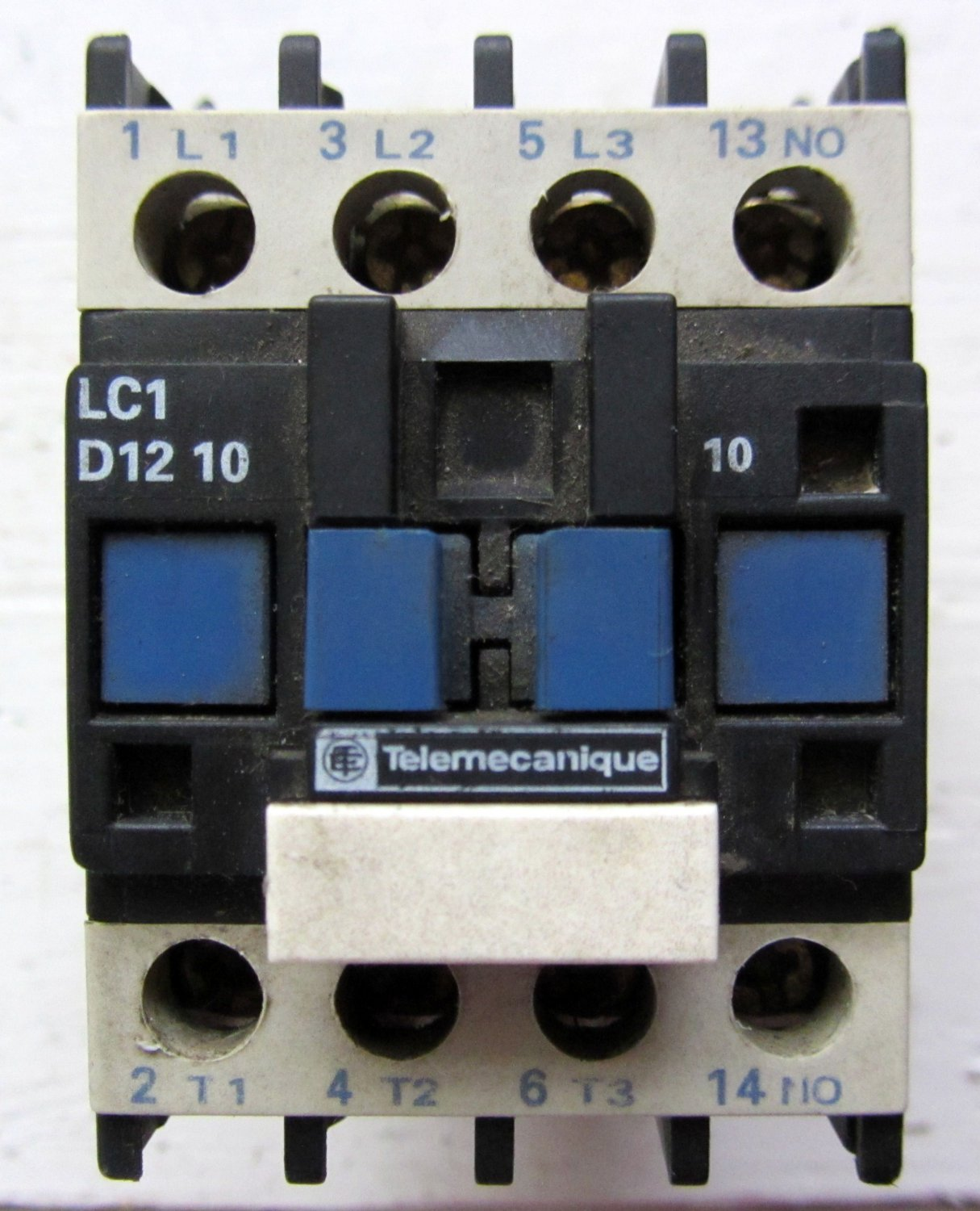 Telemecanique lc1d1210 120 vac motor starter contactor 25 amp 600 vac 1 no aux Telemecanique motor starter