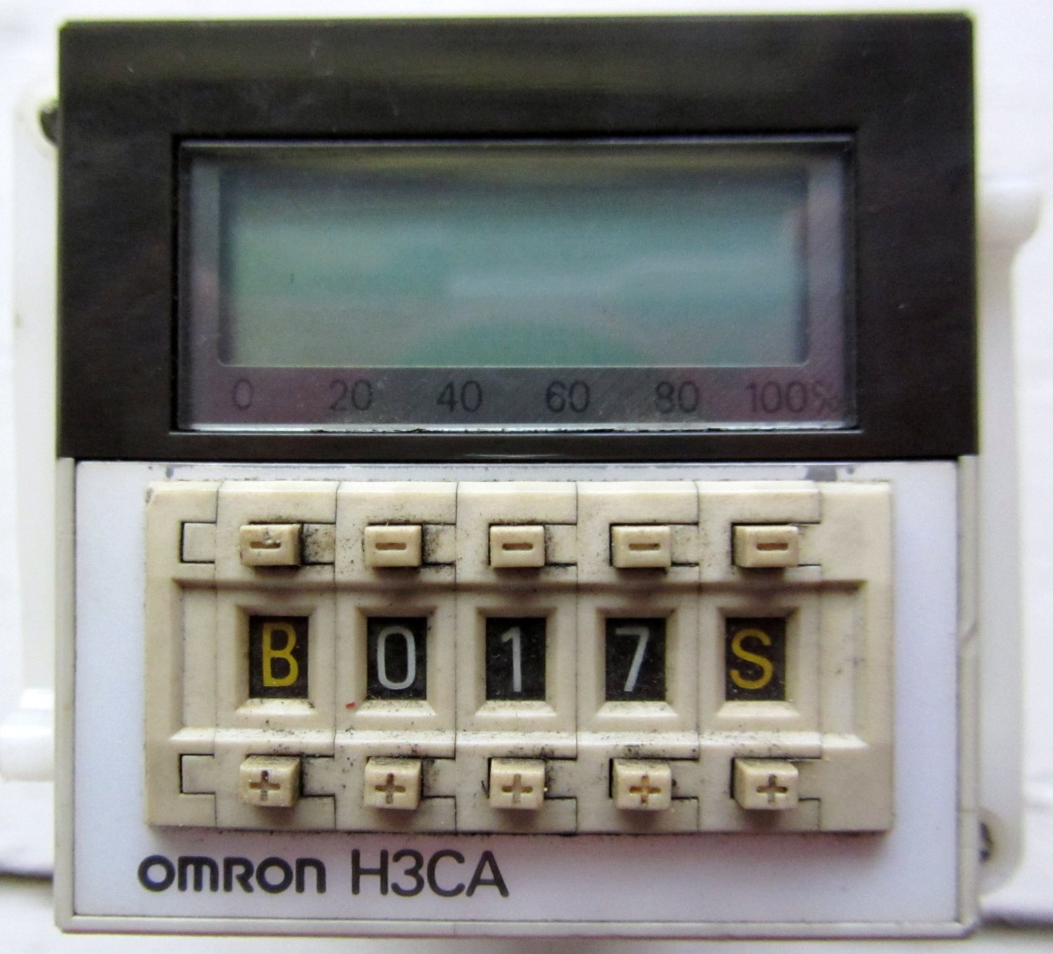 Omron H3CA-A Solid State Timing Relay 0 - 9990 Hours H3CAA