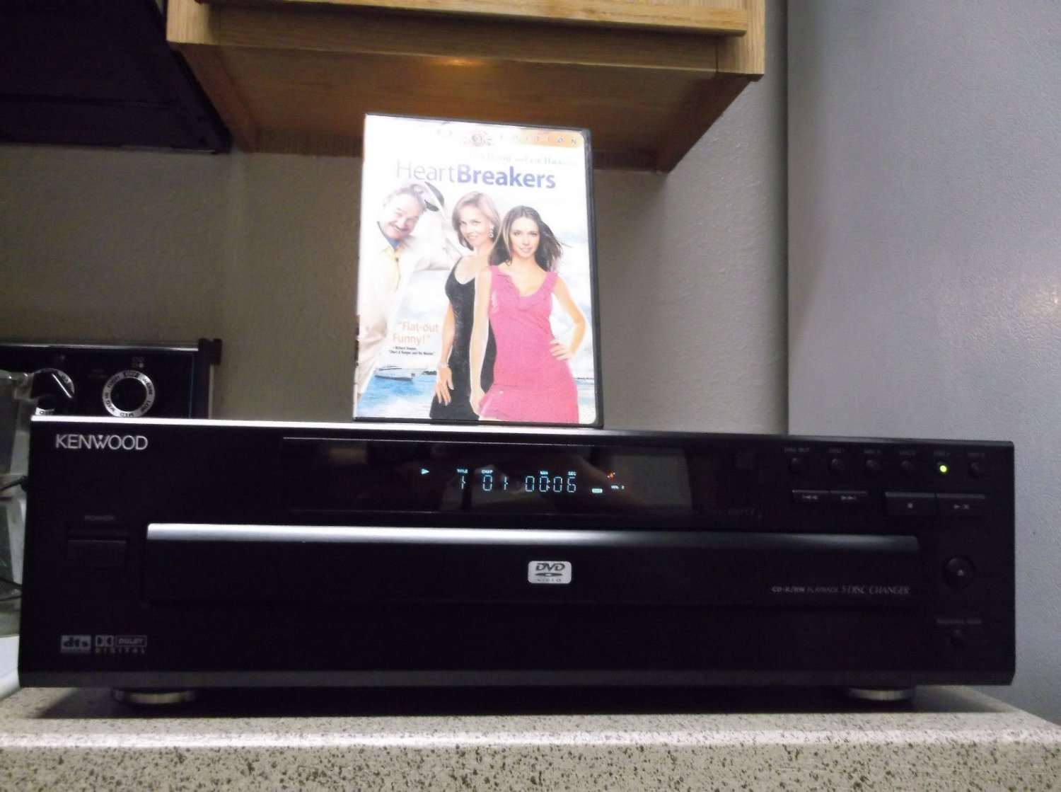 Refurbihsed KenWood DV-605 5 CD DVD Player With Progressive Scan & DVD 1 Movie