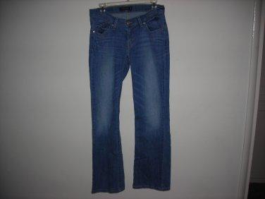 LEVIS 528 womans jeans size 9M
