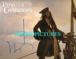 JOHNNY DEPP SIGNED RP PHOTO PIRATES CAPT JACK SPARROW