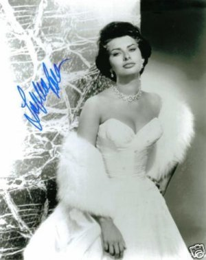 SOPHIA LOREN SIGNED AUTOGRAPHED RP PHOTO GLAMOROUS