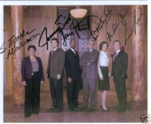 LAW AND ORDER CAST SIGNED RP PHOTO BY 6 NEW CAST