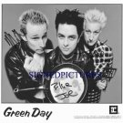 GREEN DAY SIGNED RP PHOTO GREENDAY BILLIE JOE ARMSTRONG