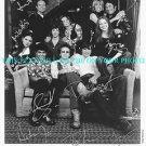 THAT 70's SHOW CAST AUTOGRAPHED 8x10 STUDIO PROMO PHOTO 70s ASHTON MILA KUNIS +