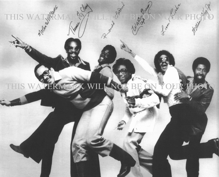 THE COMMODORES AUTOGRAPHED 8x10 RP PROMO PHOTO LIONEL RITCHIE