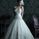 2012 Strapless Sweetheart Bridal Gown Embroidered White Organza Beading A-line Wedding Dress C222