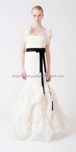 Sleeveless Bridal Ball Gown Black Sash White Organza Mermaid Wedding Dress Vera
