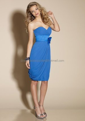Strapless Short Bridesmaid Dress Blue Chiffon Homecoming Dress Pleated Flower Cocktail Dress