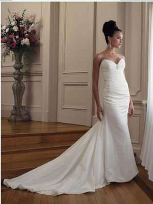 Strapless Pleated Taffeta Bridal Gown Sweetheart Mermaid Wedding Dress Chapel Train M1222