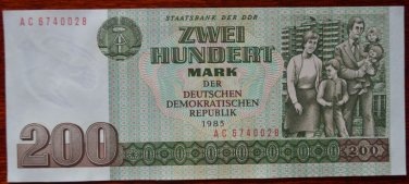 GERMANY 200 MARK DDR  BANKNOTE1985 UNC CONDITION RARE NR
