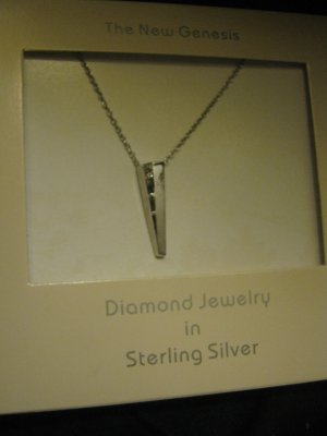 NIB New Genesis Solitaire Diamond in Sterling Silver Pendant Necklace Free Ship Lower 48